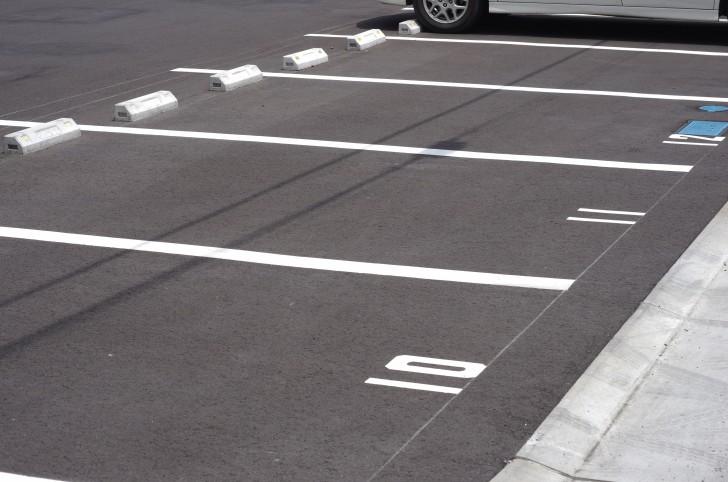 六本木2丁目付近の駐車場